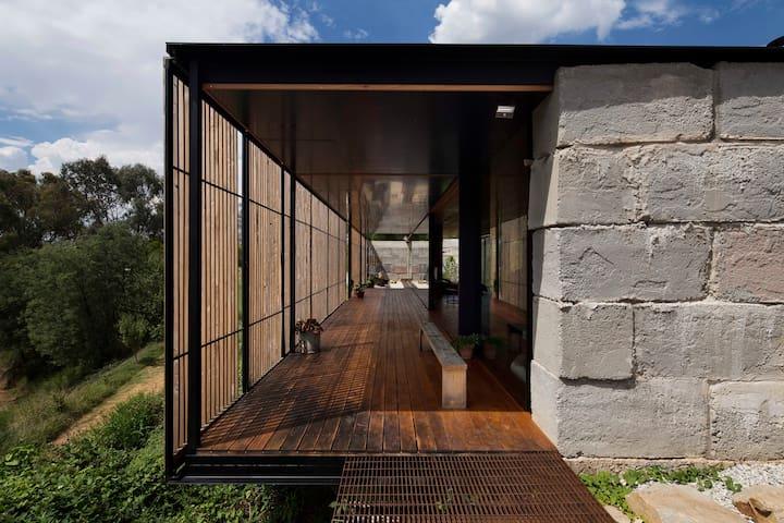 Grand Designs Sawmill House - Yackandandah - Hus