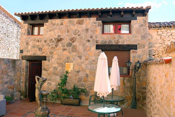 Habitación Doble con Baño - Valdeavellano - Hus