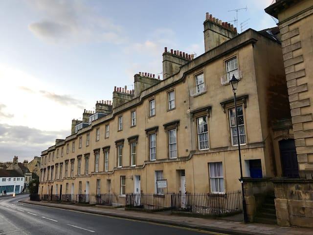 Modern One Bedroom Apartment-Charlotte Street,Bath - Bath - Departamento