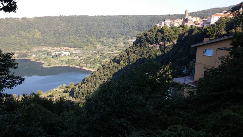 Paradise in Nemi, 30 km from Rome with great view - Nemi - Appartement