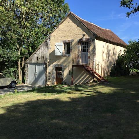 Charmant logement en pleine nature avec piscine - Boissy-Maugis