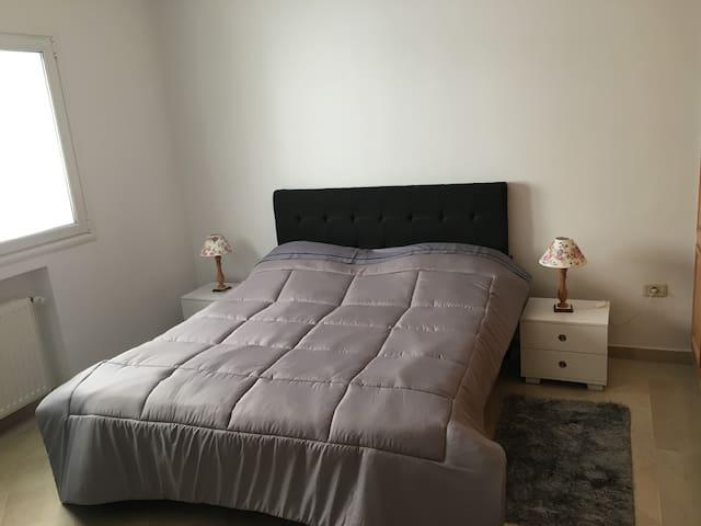 Confortable Apartment + Parking - Ariana - Apartemen