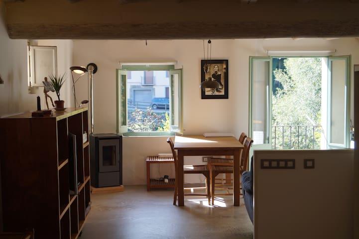 Loft acollidor a Ripoll - Ripoll - Loteng Studio