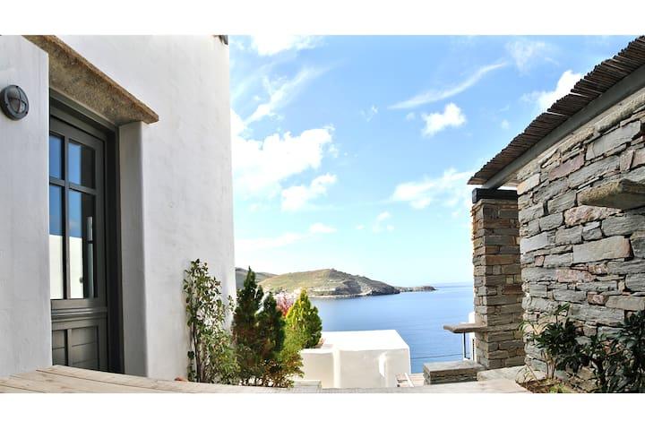 East Cycladic Modern Maisonette - Kéa