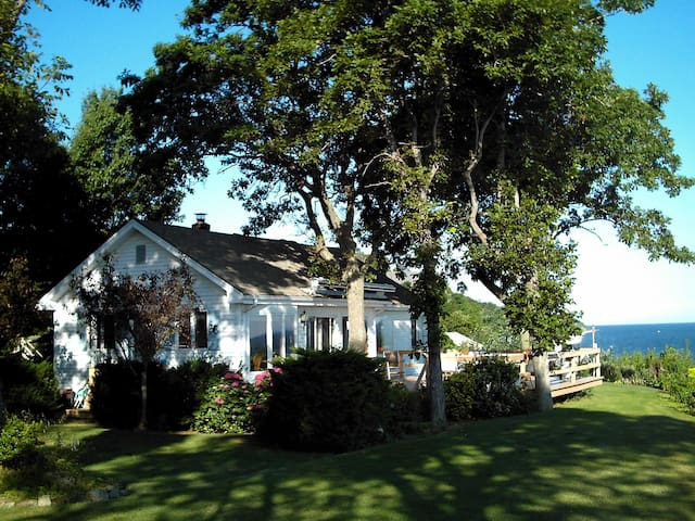 Waterfront home on Long Island Sound - Rocky Point - Huis