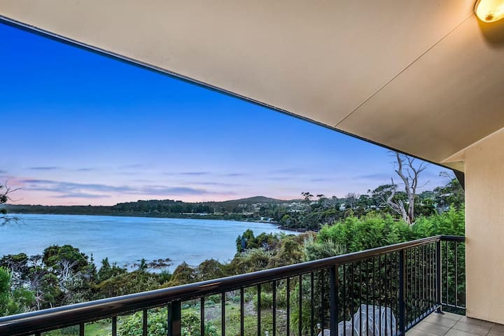 Stunning Beach Front with Direct Access - Greens Beach - Huis