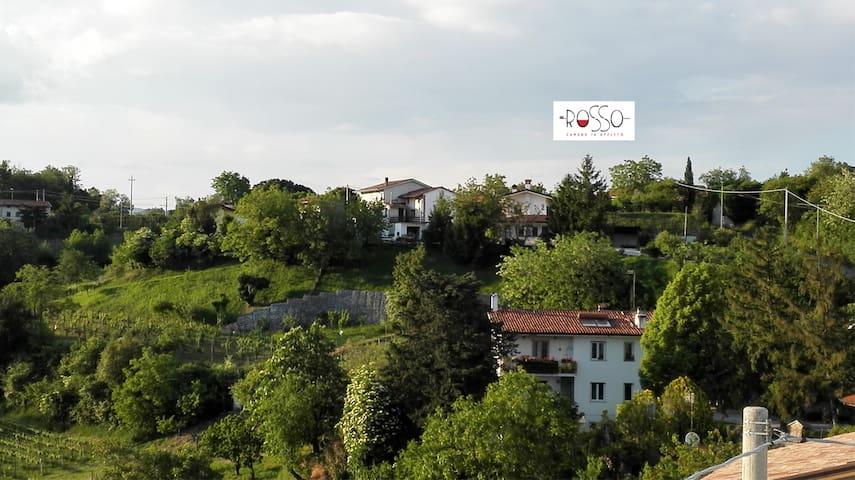 Camera doppia con vista zona Collio - San Floriano del Collio