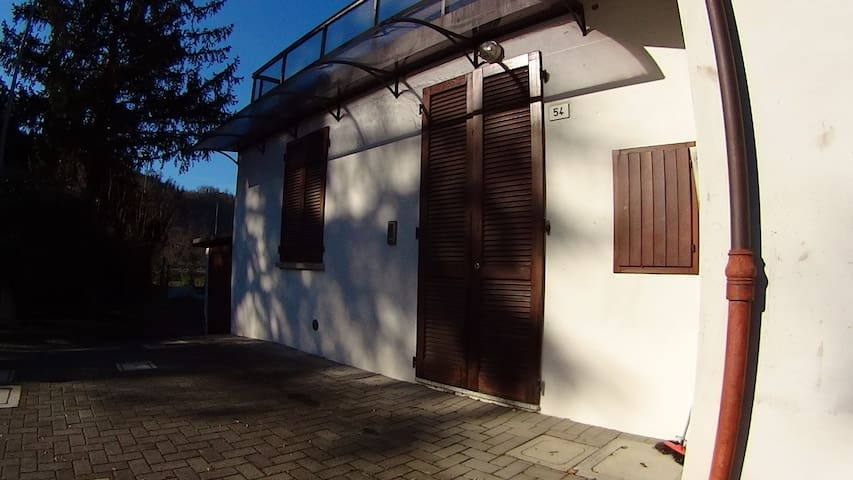 Appartamento indipendente in collina - Tontola - Appartement
