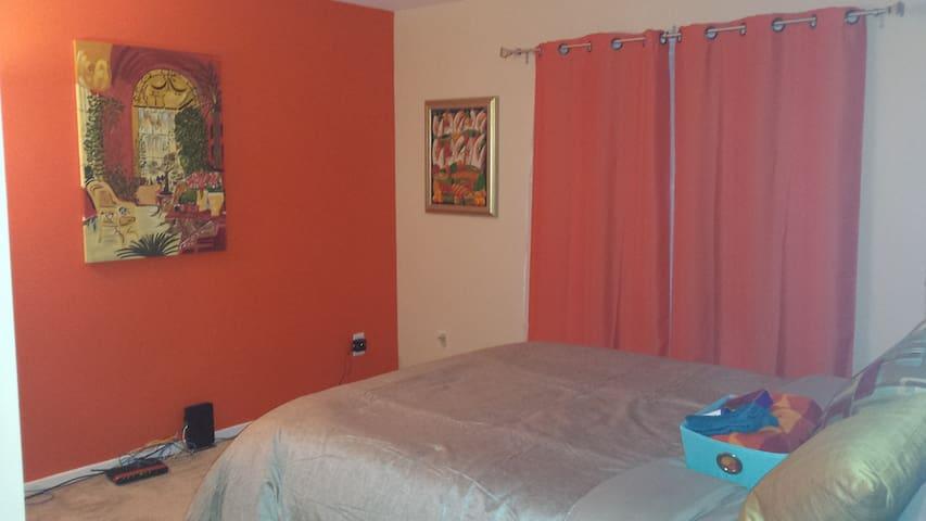 Bright and Comfortable 1 Bedroom w/ Full Bath - Waldorf - Casa