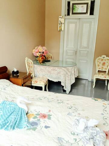 Lilac Guest Apartment-Russian Style - Harbin