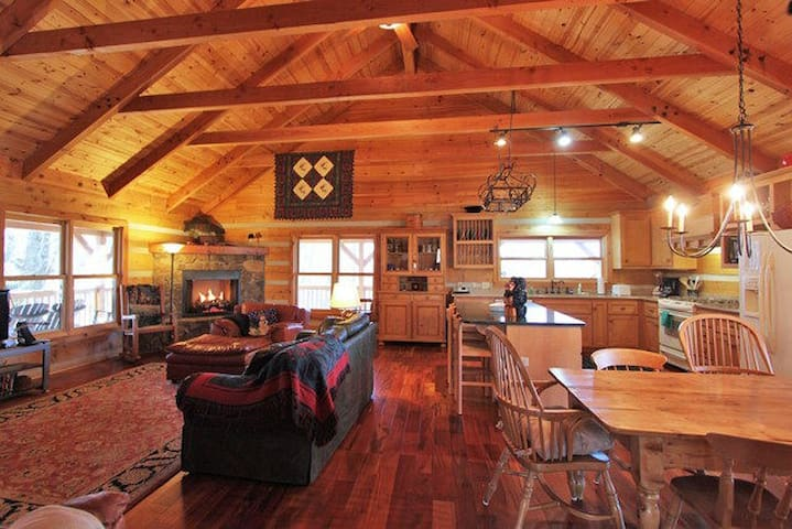 Mountain Song Authentic Log Cabin - Blowing Rock - Hus