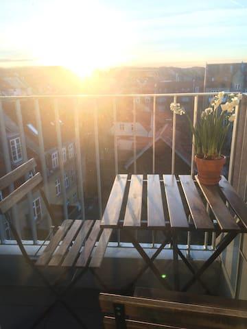 Lille og hyggelig taglejlighed - Aarhus - Apartament