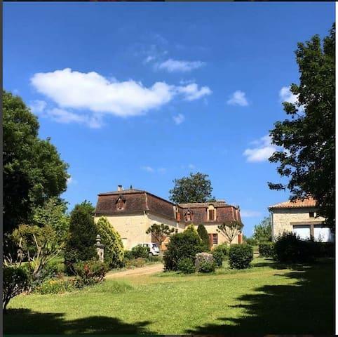 Bed and Breakfast entre St Emilion & Bergerac - Saint-André-et-Appelles - Ev