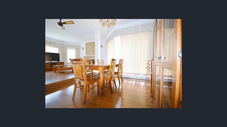 3 Bedrooms House in Subiaco (Family friendly) - Subiaco - Casa