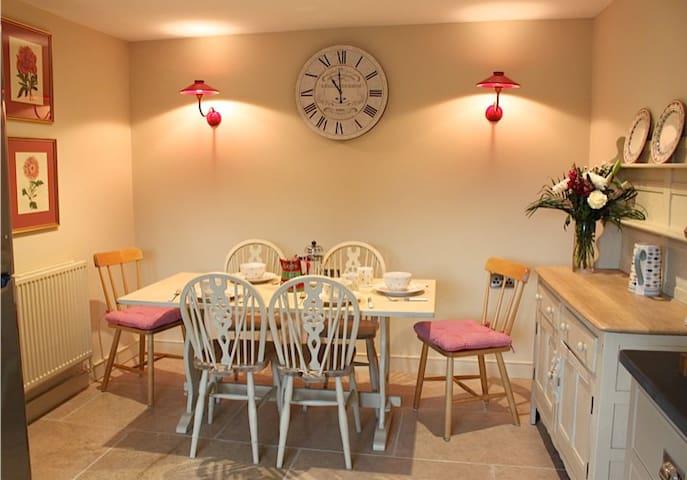 Luxuriously renovated quiet Dartmoor Cottage - Moretonhampstead - Haus