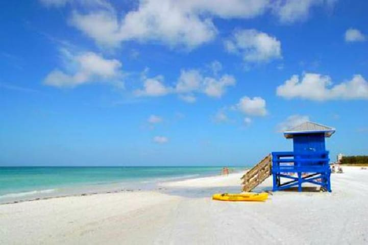 Peaceful Getaway - Sarasota - Appartement