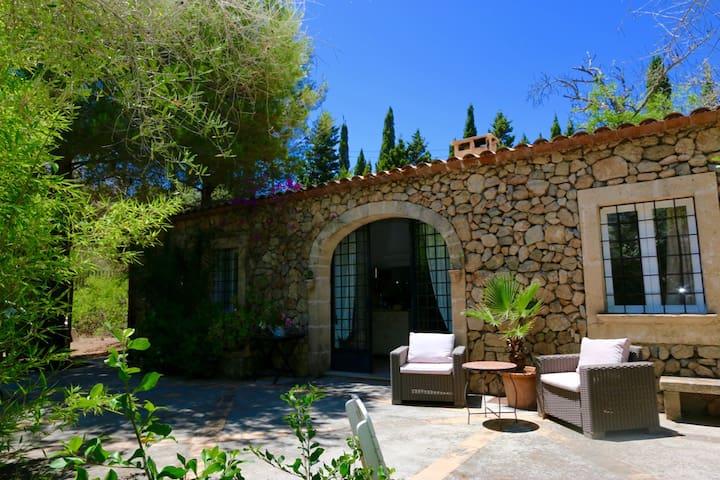 Charmante Finca im Nordosten Mallorcas bei Arta - Artà - Casa