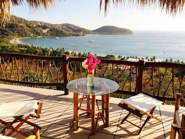 """""""The Shack"""" with a view - Zihuatanejo - Villa"""