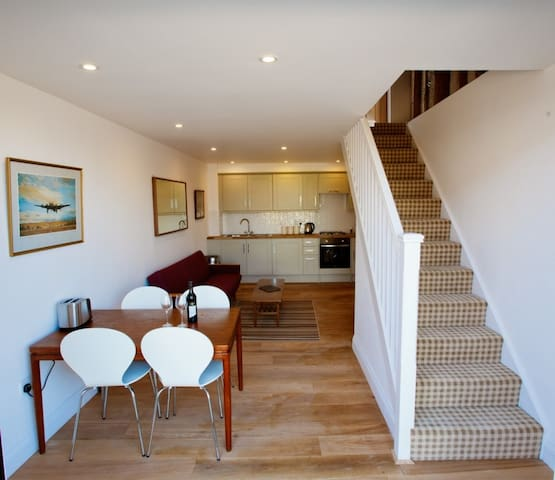One Bedroom Converted Barn with Gym & Spa (FL) - Essex - Pension