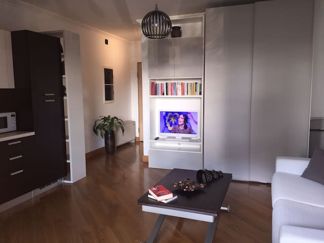 Eur Torrino Studio Apartment - Rom