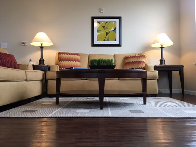 Luxury Private Suite in Fishers ~ Managed - Fishers - Apartemen