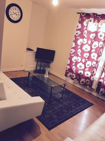 Two Bedroom Apartment Near Manchester City Centre - Manchester - Lägenhet