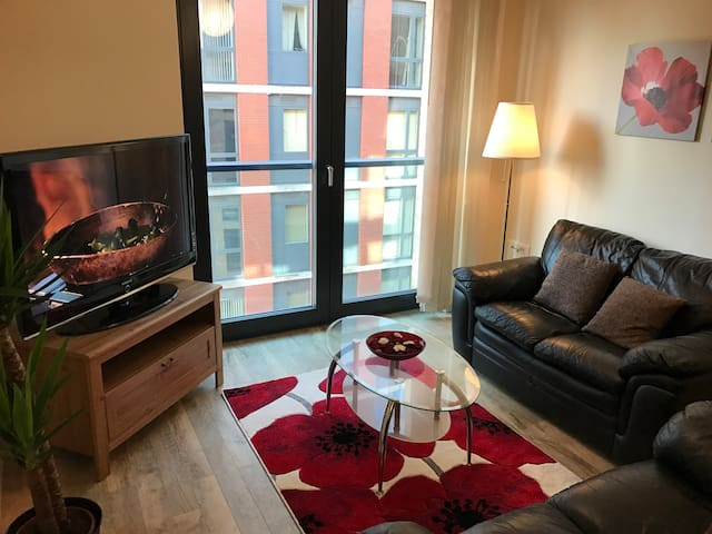 2 Bed By Station, O2, Theatres, Bullring & Parking - Birmingham - Daire