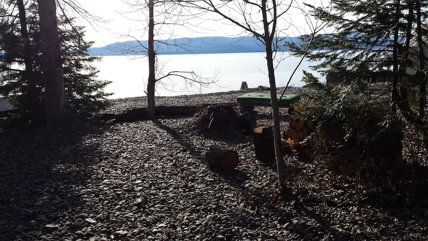 Orchard Cabin on the Lake - Bigfork - Mökki
