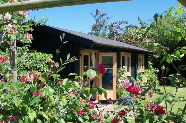 Log Cabin near Wells, Somerset - Croscombe - Houten huisje