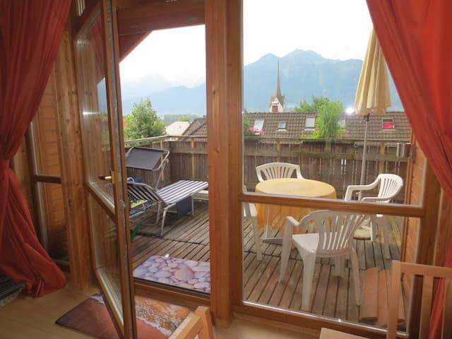Sonnige Dachgeschoßwohnung in Schnifis - Schnifis - Apartamento