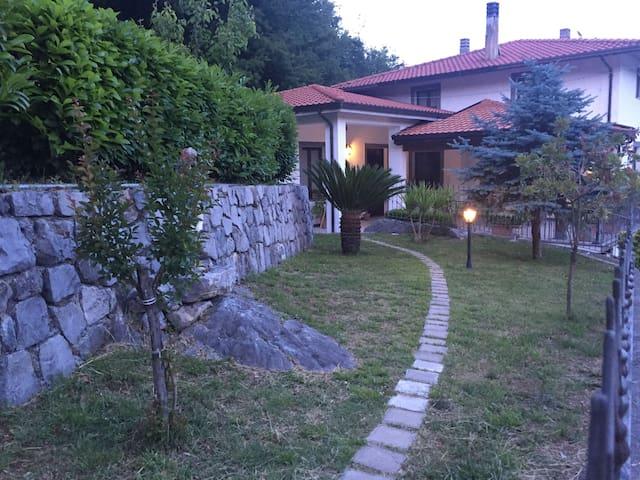 Agriturismo La Valle degli Ulivi appartamento 1 - Trecchina - Lägenhet