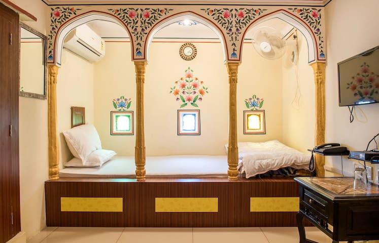 Khandaka Heritage Haveli @208 - Jaipur - Pousada