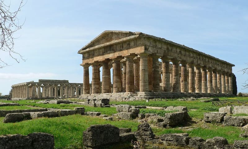 A lovely house close to Paestum's beaches - Laura - Daire