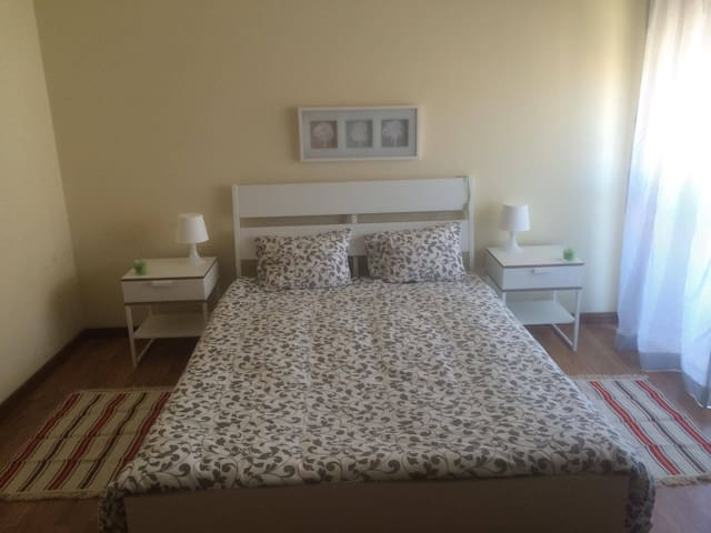 Quarto privado/Private room, double - Aveiro - Departamento