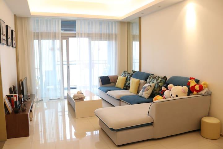 100平方米临水而居酒店式公寓,我的避世之所,和你分享 - Shenzhen