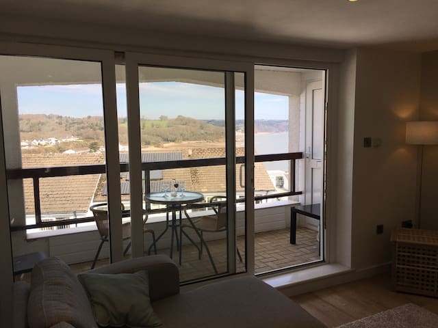 Modern apartment with stunning sea views - Saundersfoot - Appartement