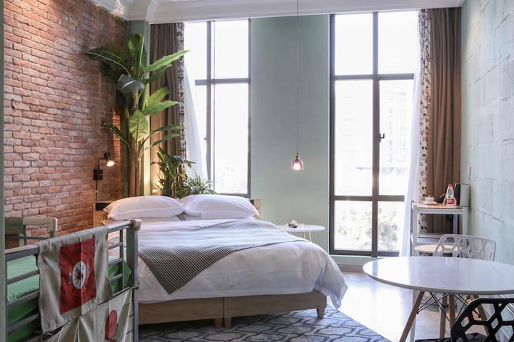 我们是开在城市里的民宿,是Cafe+Hotel形式! - 舟山市
