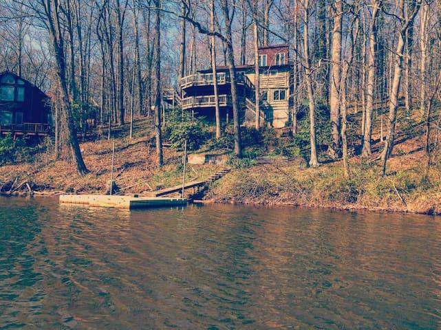 Beautiful Log Cabin - Manassas - Rumah