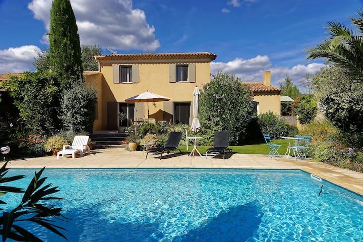 Villa Sud Luberon à 3 km de LOURMARIN - Puyvert - Villa