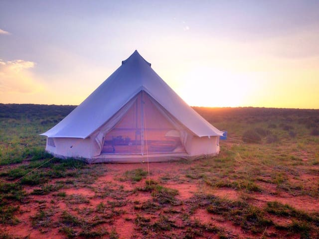 Bell Tent Glamping on Navajoland - Page - Bed & Breakfast