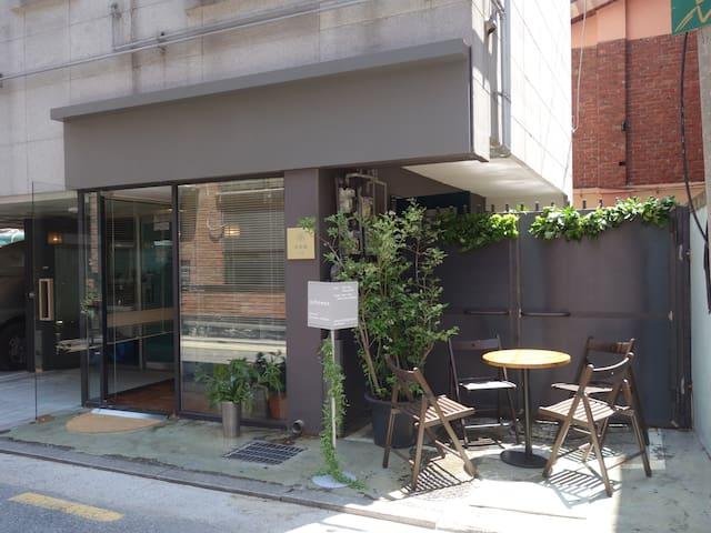 *open sale* 201 studio, 3min from Sangsu station - Mapo-gu - Apto. en complejo residencial