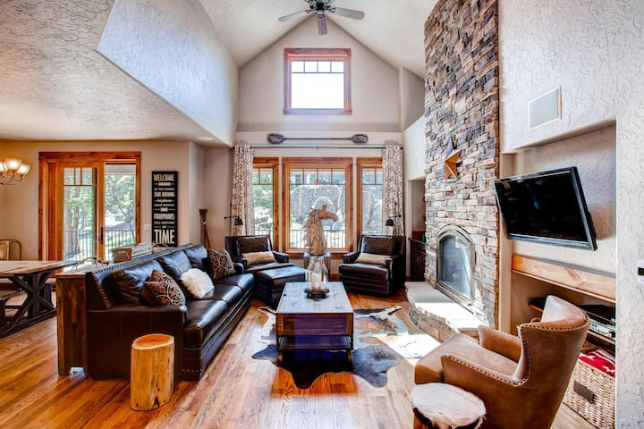 'Tall Pines Lake House' 3BR Red Feather Lakes Home - Red Feather Lakes
