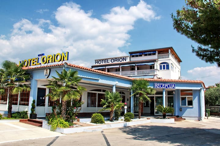 Orion Vodice - Vodice - Bed & Breakfast