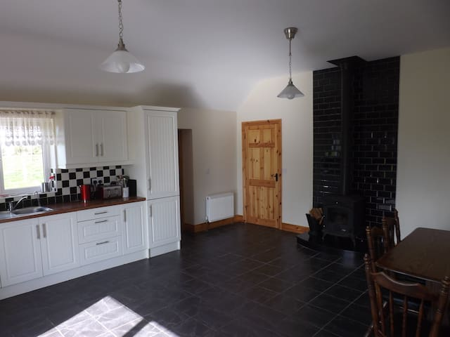 Spacious Country Retreat - Kildorrery - Maison