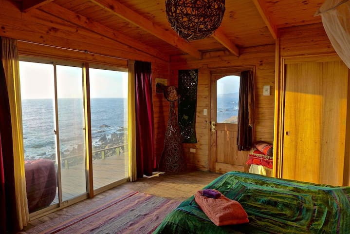 Nature, ocean, dog lovers—un dormitorio! - Los Molles