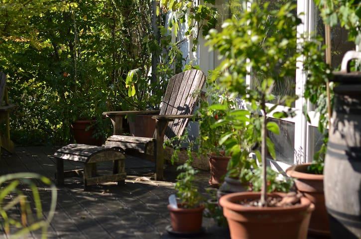 Villa Flora am Rheinsteig, ideal zum Wandern - Unkel - Talo