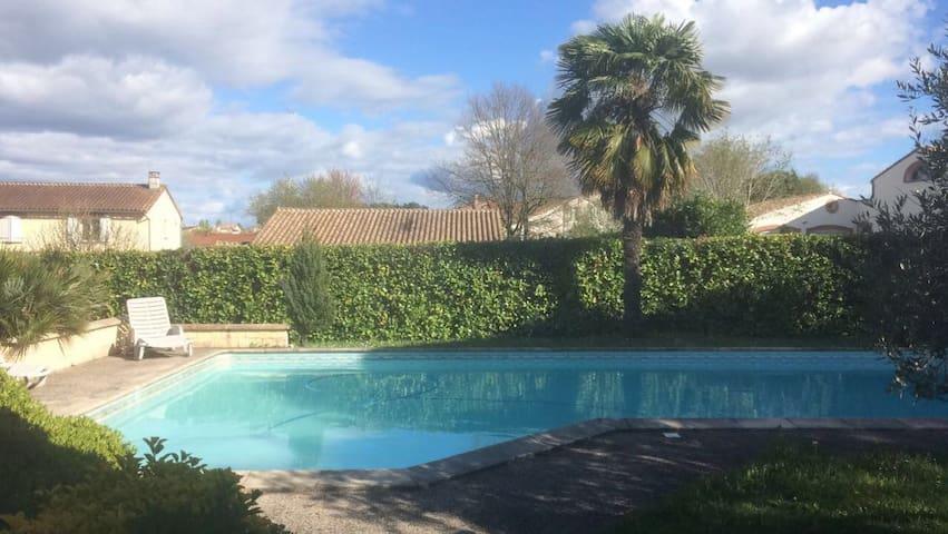 Studio calme avec piscine à 10 mn  de Toulouse - Pechbonnieu - Appartement