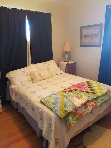 Cozy room near UNC,  Estes Park - Greeley - Huis