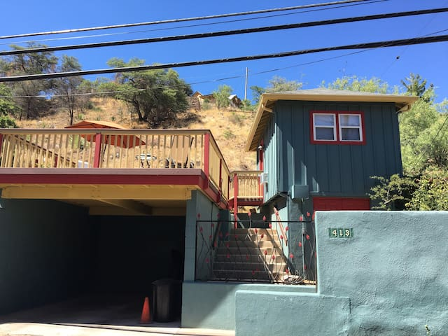 Cozy Guest Cottage with great deck - Bisbee - Hus