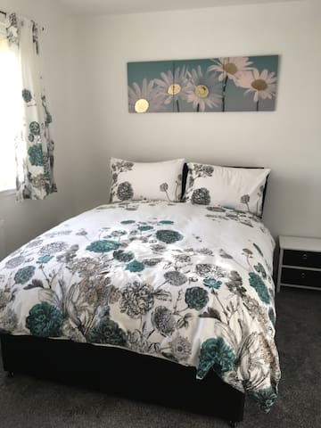 Stunning double sunny room in Fife - Cardenden - Bungalow